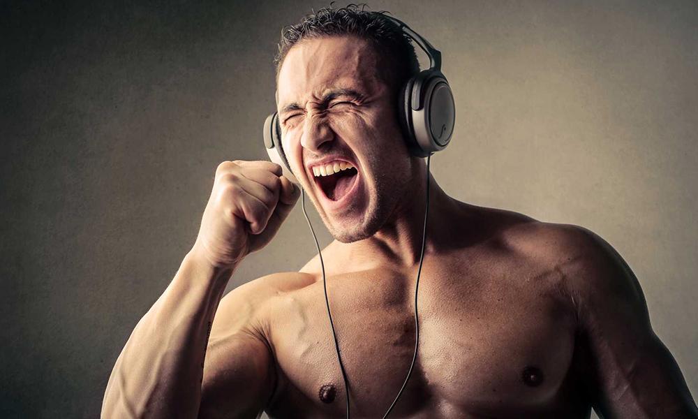 blog-aktywnie-activ-klub-post-muzyka-na-trening-silownia